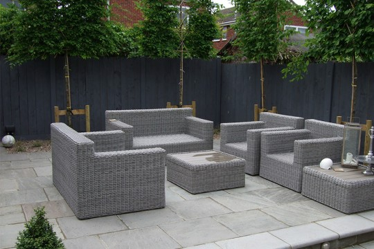 garden-seating-area-with-paving