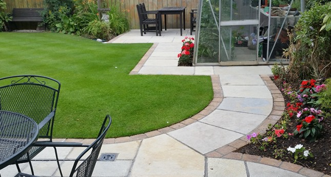 natural-paving-grass-border
