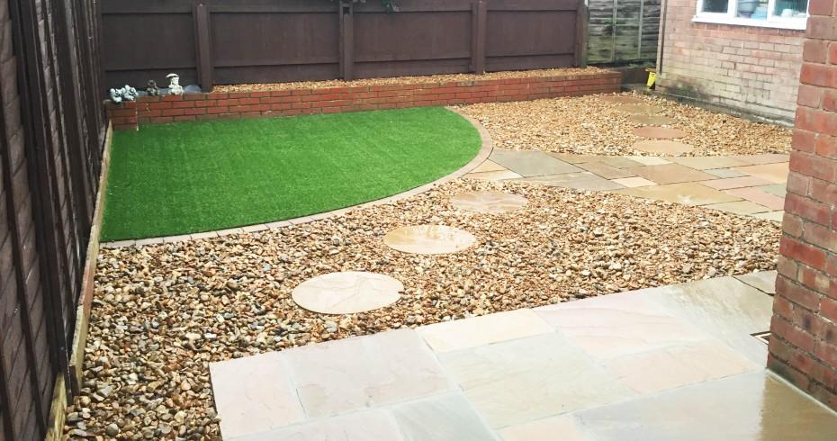 patio-garden-area