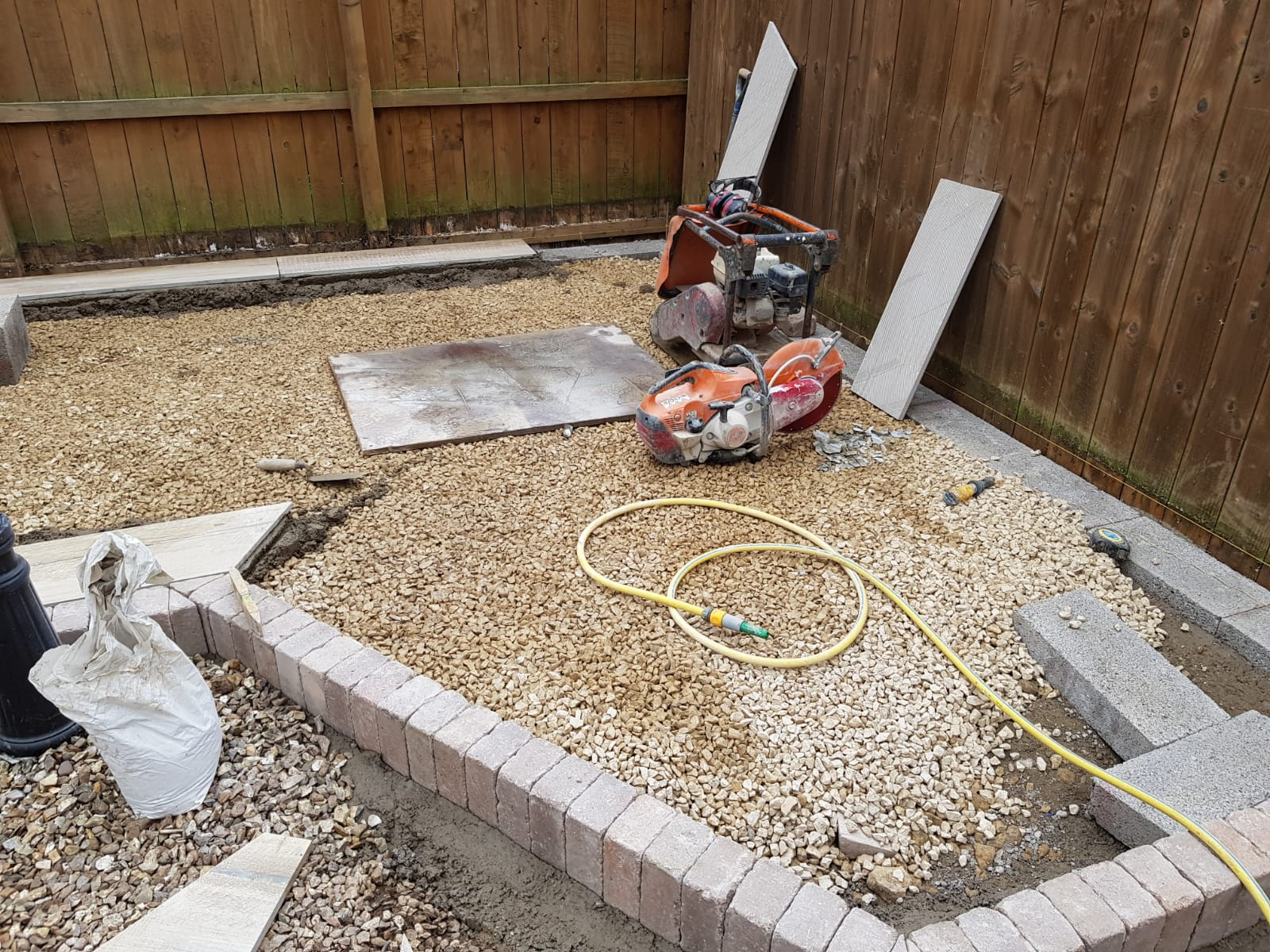 building process of garden seating
