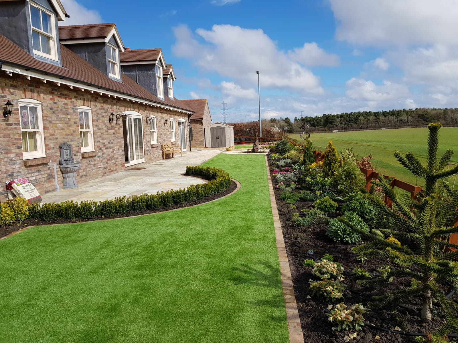 Large Artificial Turf Garden